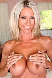 Emma Starr's porn videos - Pornstar Movies: www.3pornstarmovies.com/pornstars/emma-starr