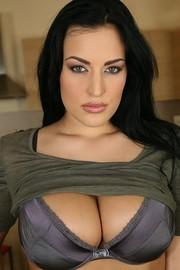 Pornstar Carmen Croft