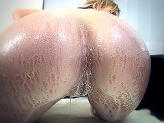 Nikki Sexx gets cold milk poured all over her ass