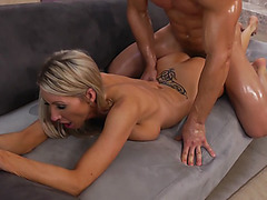 Sex hungry MILF Emma Starr takes young dick from behind
