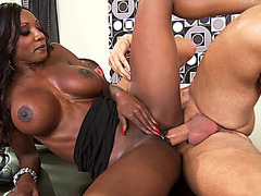 Busty ebony MILF Diamond Jackson gets her pierced cunt fucked at work