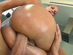 Anal slut Jada Stevens gets her ass drilled while up on top of him