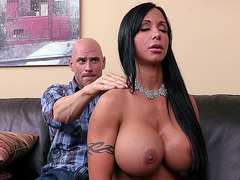 Jewels Jade gets soft massage