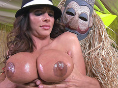 Ariella Ferrera gets her giant tits worshipped