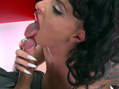Christy Mack sucking big meaty dick