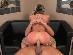 Sheena Shaw loves deep anal sex