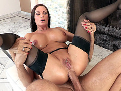 Diamond Foxxx takes in the ass reverse cowgirl