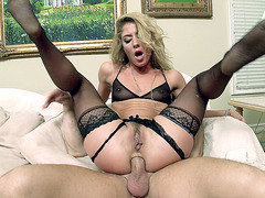 Sheena Shaw gets ass fucked while on top