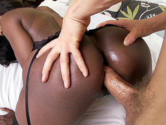 Diamond Jackson fill her ass hole with his cock