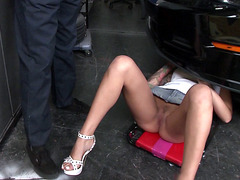 Alby Rydes teasing mechanic in the garage