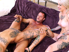 Kleio Valentien and Bonnie Rotten riding dick and squirting
