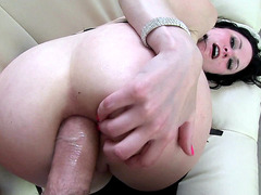 Babe Veruca James loves getting fucked in the ass hole