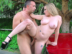 Plump mom Aiden Starr taking his pole outdoor