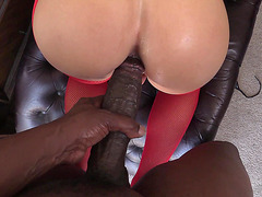 Capri Cavalli slides it deep inside her juicy pussy and rides him