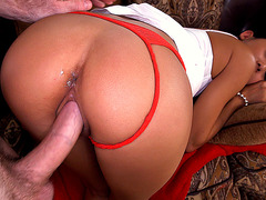 Alina Li knows how to fuck a cock doggy style
