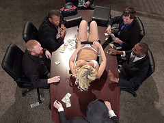 Kagney Linn Karter gives them an amazing show
