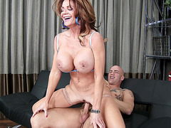 Deauxma loves to ride big meaty shaft