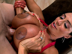 Ariella Ferrera sucks and titfucks large dick