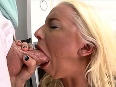 Stevie Shae throat fuck herself with a dick