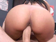 Kimberly Kendall gets her cunt filled with huge dick