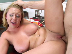 Brooke Wylde loves getting her twat drilled