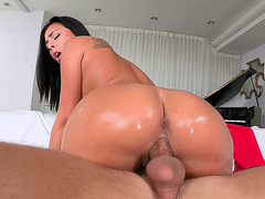 Young babe Gianna Nicole fucked that cock like a champion