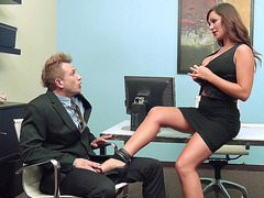 Destiny Dixon ordered her co-worker lick her feet