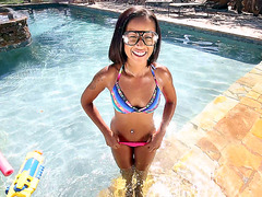 Skin Diamond posing and teasing in the pool