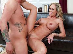 Brandi Love kissing her fucker as she taking his dick