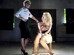 Aruba Jasmine came from England to shoot some porn