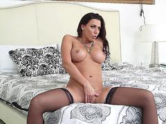 Horny slut Rachel Starr masturbating in the bedroom