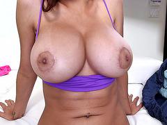 Mia Khalifa has an amazing pair of huge knockers