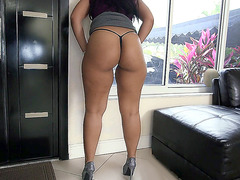 Ava Sanchez showing off that fat booty of hers